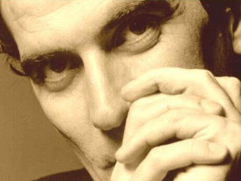 NAPOLI: Santa Lucia, stasera si inaugura IAM-IAM il locale dedicato a Massimo Troisi